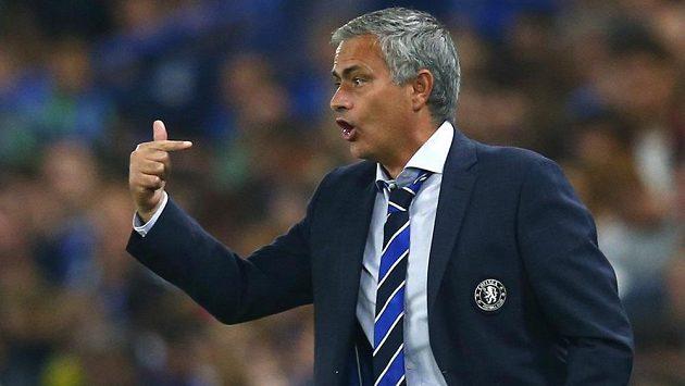 Trenér José Mourinho z Chelsea jen tak neodejde.