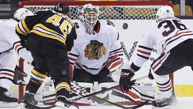 David Krejčí z Bostonu byl při chuti, Chicagu vstřelil dva góly.