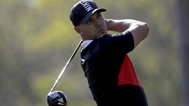 Obhájce titulu Brooks Koepka zahájil výborně golfový major PGA Championship.