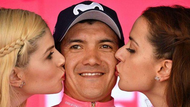 Ekvádorský cyklista Richard Carapaz udržel v předposlední 20. etapě Gira dvouminutové vedení před Vincenzem Nibalim a má na dosah celkový triumf.