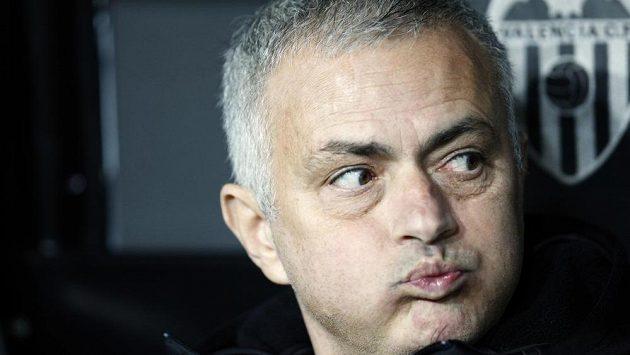 Trenér José Mourinho se možná nebude stěhovat z Ostrovů a najde si tam nové angažmá.