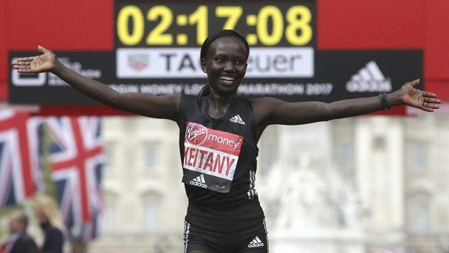 Mary Keitanyová zaběhla na maratónu v Londýně druhý nejrychlejší čas historie.