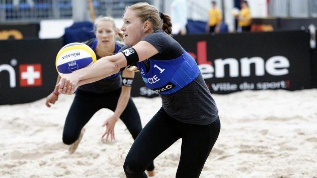 Kristýna Kolocová (vpředu) s Michalou Kvapilovou při mistrovství Evropy.