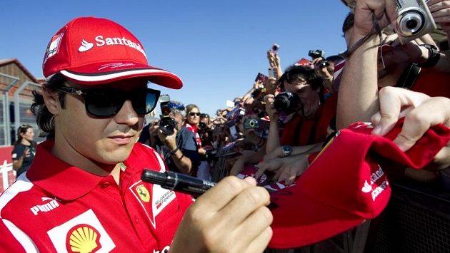 Brazilec Felippe Massa z týmu Ferrari neprožívá zrovna skvostnou sezónu