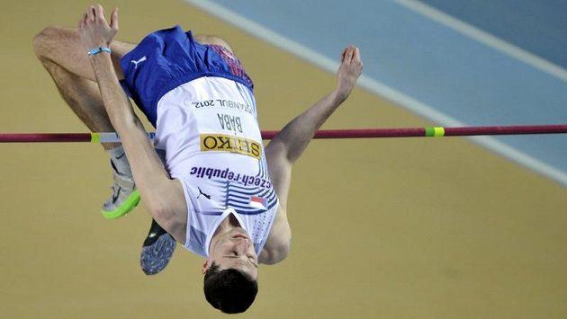 Jaroslav Bába během výškařské kvalifikace na halovém MS v Istanbulu.