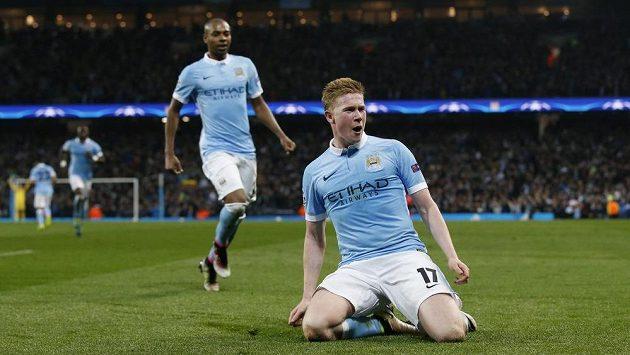 Kevin De Bruyne z Manchesteru City se raduje z gólu proti PSG v odvetě čtvrtfinále Ligy mistrů.