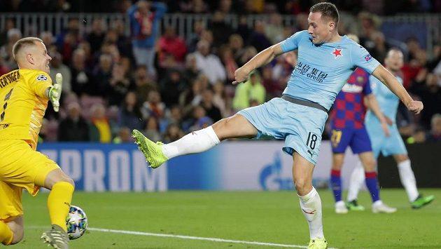 Sestřih zápasu Ligy mistrů Barcelona - Slavia