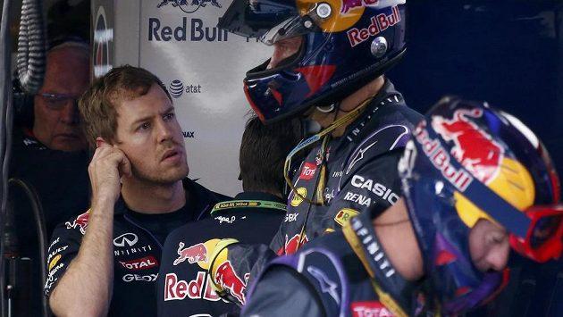 Sebastian Vettel při Velké ceně Austrálie, z níž musel předčasně odstoupit.