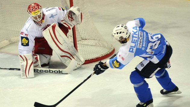 Na třiceckého brankáře Šimona Hrubce si plzeňští hokejisté tentokrát nepřišli. Nepřekonal ho ani Václav Pletka.