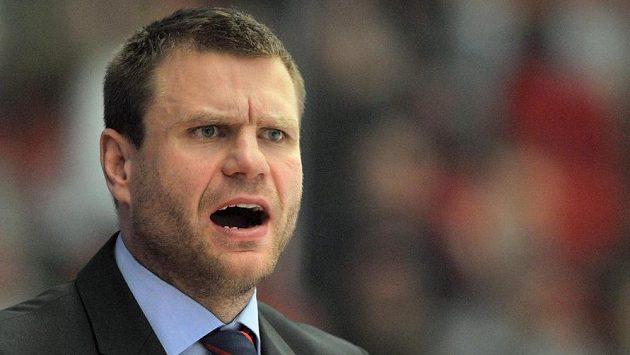 Trenér hokejové osmnáctky Václav Varaďa.