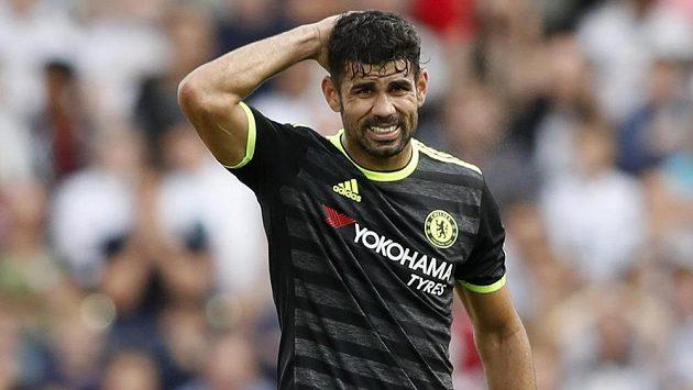 Útočník Chelsea Diego Costa během utkání proti Swansea City.