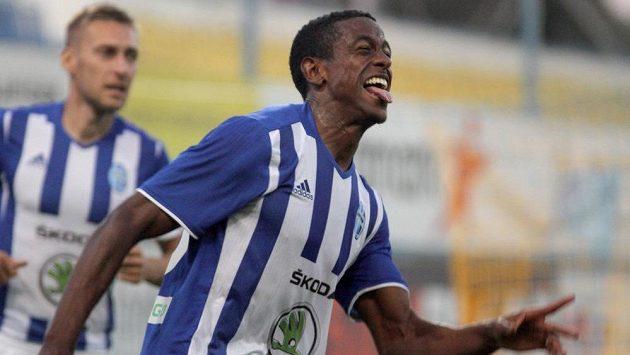 Mladoboleslavský útočník Golgol Mebrahtu se raduje z gólu proti Teplicím.