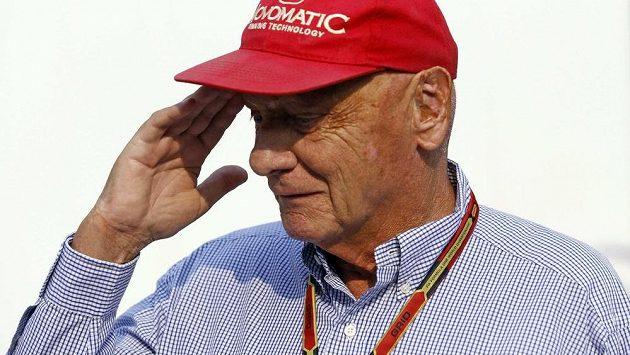 Stopy popálenin z roku 1976 jsou ve tváři Nikiho Laudy patrné dodnes.