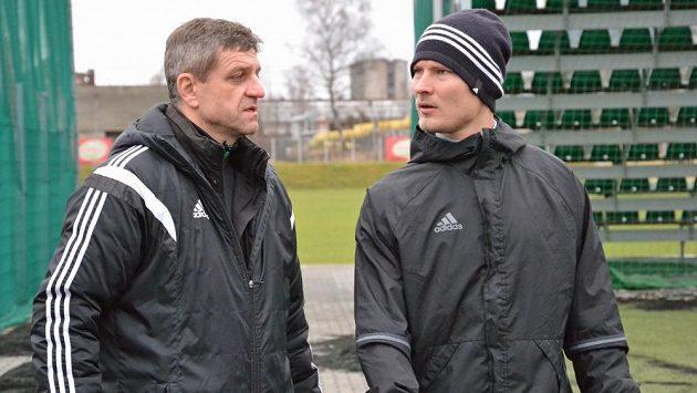 Nový Kouč Karviné Josef Mucha (vlevo) kvituje, že bude mít Pavla Dreksu na jaře v týmu.