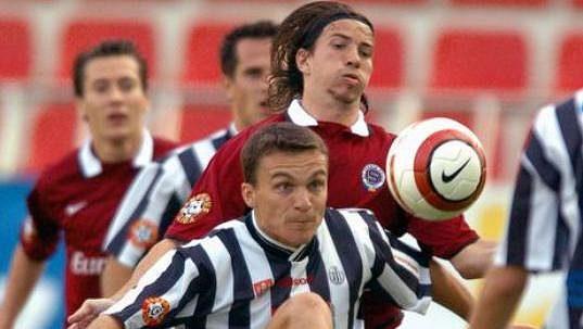 David Lafata na samém začátku kariéry ještě v českobudějovickém dresu.