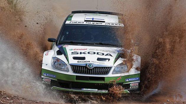 Juho Hänninen se Škodou Fabia S2000 při Turecké rallye.