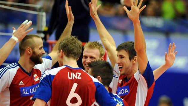 Čeští volejbalisté slaví vítězství