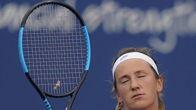 Tenistku Azarenkovou rozesmál vlastní nepovedený úder
