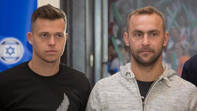 Čeští daviscupoví reprezentanti Adam Pavlásek a Roman Jebavý po příjezdu do Ostravy.