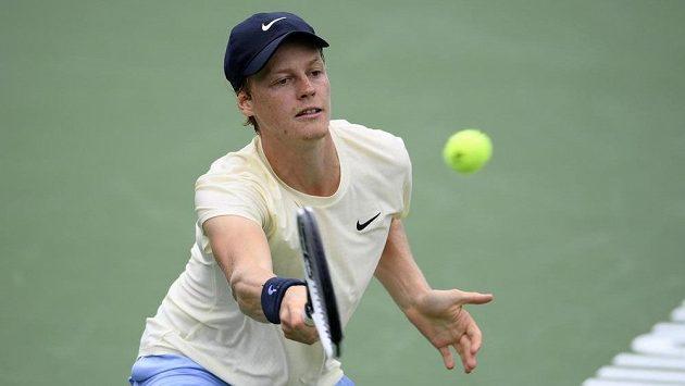 Italský mladík Jannik Sinner si na turnaji ve Washingtonu zahraje o titul.