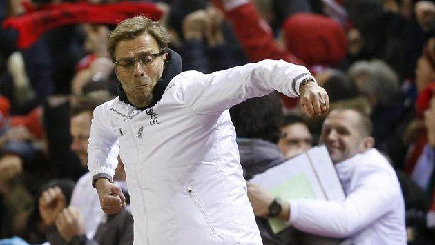 Že šlo proti Manchesteru United o prestižní duel, prokázal i trenér Liverpoolu Jürgen Klopp, který se takto radoval po druhém gólu svého týmu.