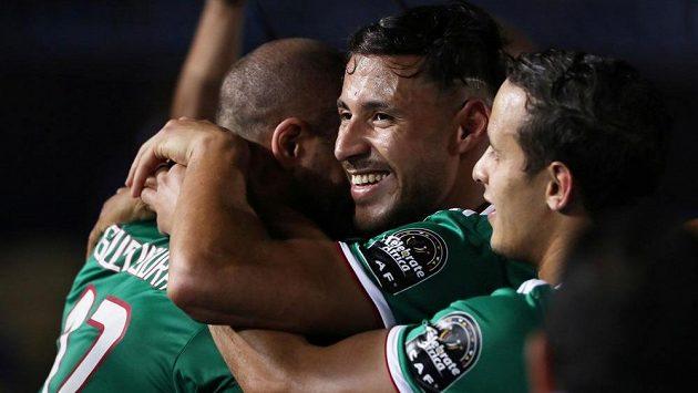 Radost fotbalistů Alžírska.