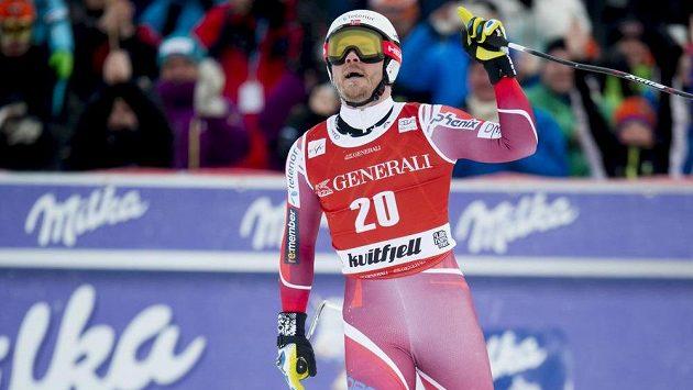 Oslavující Kjetil Jansrud z Norska.