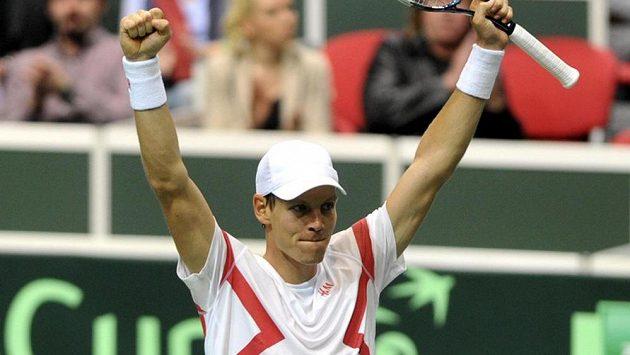 Tomáš Berdych porazil v prvním kole turnaje v Rotterdamu Itala Andrease Seppiho.
