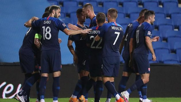 Slováci slaví gól Michala Ďuriše, ilustrační foto.