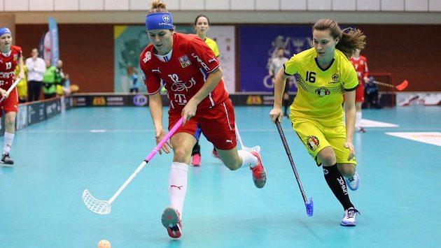Eliška Krupnová (č. 12) se v utkání s Belgií blýskla hattrickem a šest asistencemi.