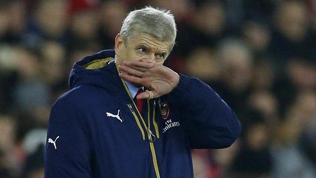 Trenér fotbalistů Arsenalu Arséne Wenger.