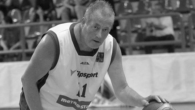 Ve věku 68 let zemřel Jiří Pospíšil, člen Síně slávy České basketbalové federace.
