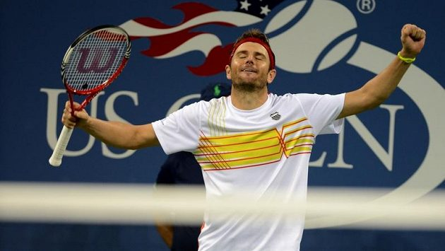 Americký tenista Mardy Fish nenastoupil k duelu s Federerem.