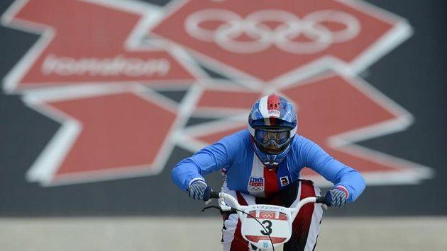 Romana Labounková při semifinálové rozjížďce na olympiádě v Londýně.