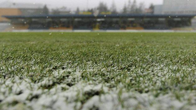 Zápas 21. kola fotbalové Gambrinus ligy mezi Ostravou a Jihlavou byl odložen kvůli nepříznivému počasí a špatnému stavu hrací plochy.