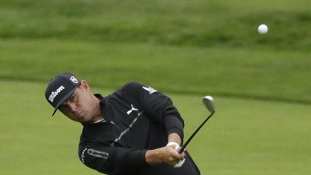 Americký golfista Gary Woodland ve druhém kole prestižního turnaje US Open.