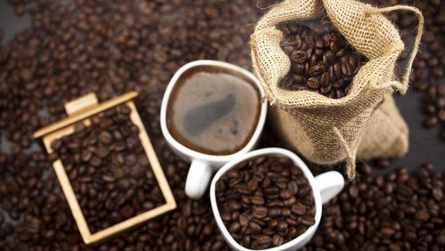 Kofein možná bude znovu zakázaný. Čas na poslední experimenty?
