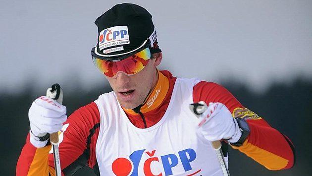 Titul mistra ČR v běhu na lyžích získal Martin Jakš z Dukly Liberec.