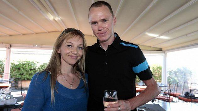Britský cyklista Chris Froome se svou přítelkyní Michelle Coundovou.