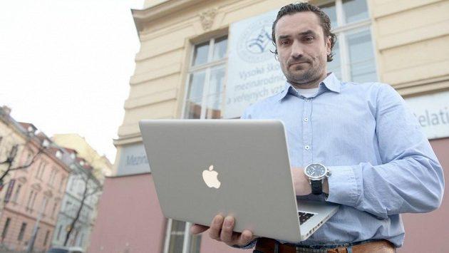 Marek Černošek, bývalý dlouholetý hráč a nyní předseda výkonného výboru České aociace hokejistů (CAIHP).