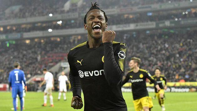 Michy Batshuayi při debutu v Dortmundu zářil.