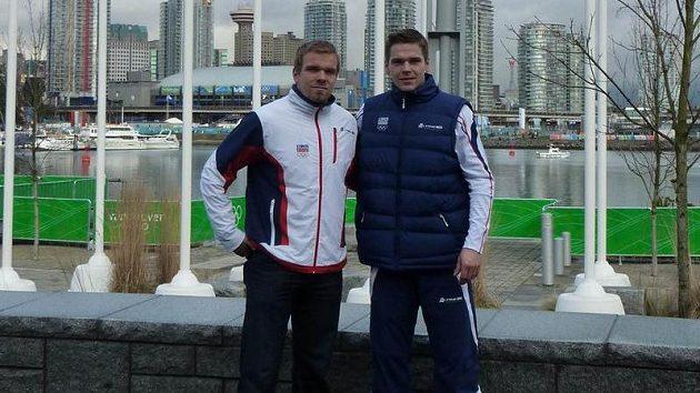 Zbyněk Michálek (vpravo) a jeho bratr Milan ve Vancouveru