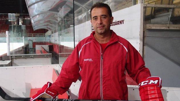 Trenér Josef Turek povede do extraligy tým Třince.