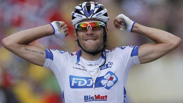 Thibaut Pinot vyhrál etapu do Porrentruy.