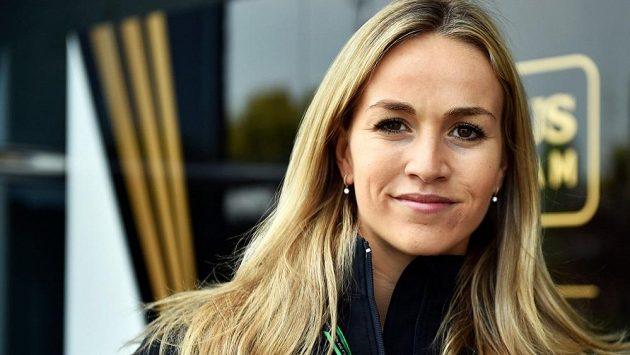 Zasáhne v budoucnu krásná Španělka Carmen Jordáová do seriálu MS formule 1?