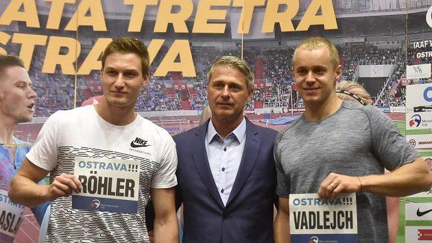 Oštěpařská esa Thomas Röhler z Německa, světový rekordman a ředitel mítinku Zlatá tretra Jan Železný a český reprezentant Jakub Vadlejch.