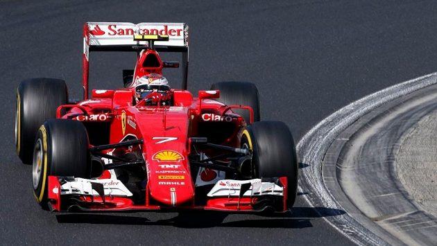 Kimi Räikkönnen bude i v příští sezóně jezdit za Ferrari.
