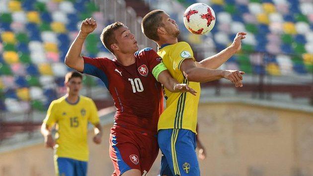 Čeští fotbalisté vyhráli na ME hráčů do 19 let nad Švédskem 2:1