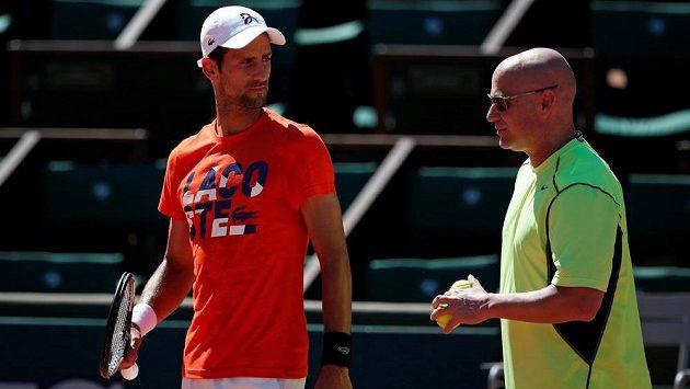 Novak Djokovič a jeho nový superkouč Andre Agassi.
