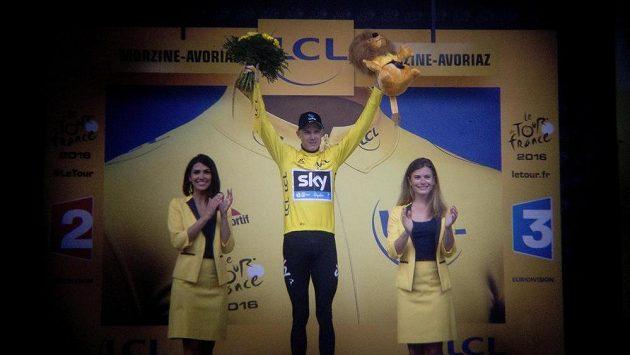 Takřka jistý vítěz 103. ročníku Tour de France Chris Froome.